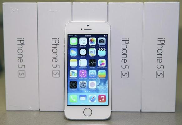 Apple iPhone 5S Unlocked Phone, auckland