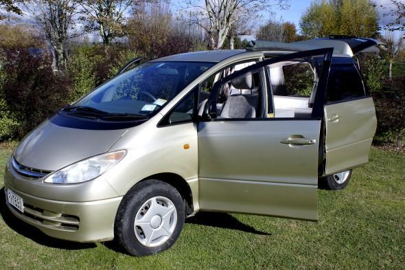 Find the Cheapest Motorhome Rental Service in Picton,