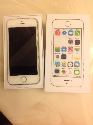 NEW in BOX APPLE iPhone 5s 64GB GOLD WHITE UNLOCKED