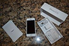 We are offering the new Apple iPhone 5s 32gb