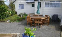 Close to Thames sunny room 3 acres pets welcome smoking outside City Thames-Coromandel Street Hauraki rd Postcode 3574 Room type Double room Bathroom(s) 1 Available from 2014-10-22 Minimum stay 1 month easyre4ecc