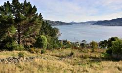 Have you been looking for your own slice of paradise? This property in Macandrew bay is the ideal spot for someone looking to build their dream home. The property is 3442m2 in size and has panoramic views down Otago habour. There are two street accesses