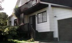 Upstairs room need own bed and furnishings. House based in Richmond heights City Taupo Street marshall ave Postcode 3330 Room type Single room Bathroom(s) 1 Available from 2014-10-18 Minimum stay 1 month easyre4ecc